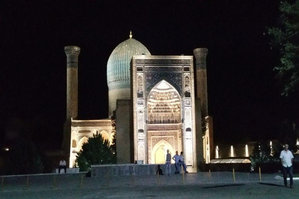Samarkand bei Nacht