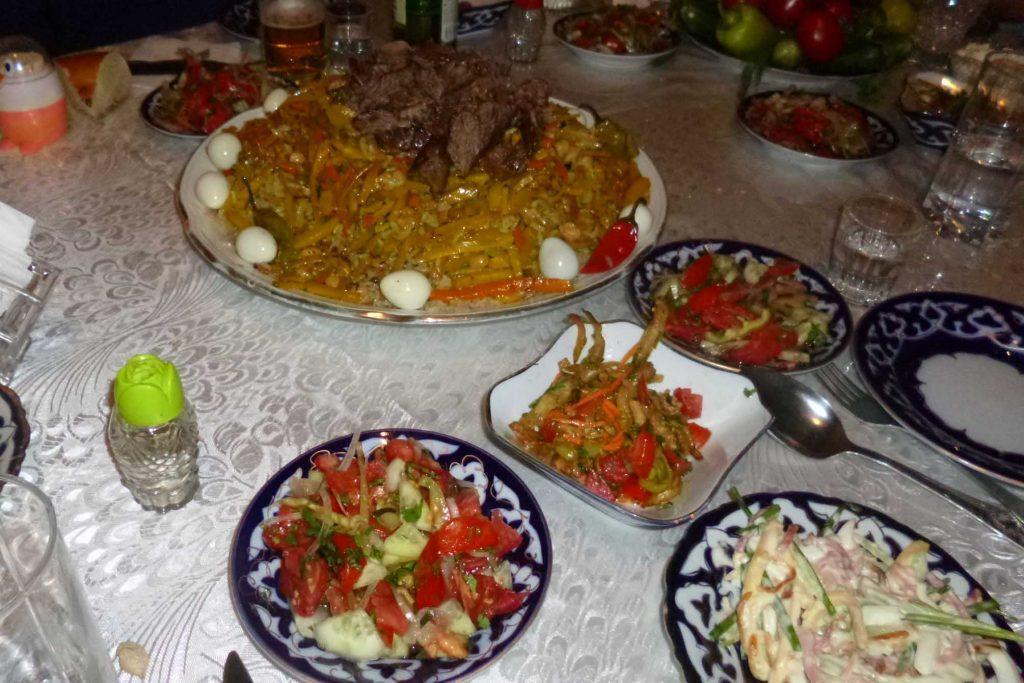 Abendessen mit Plov